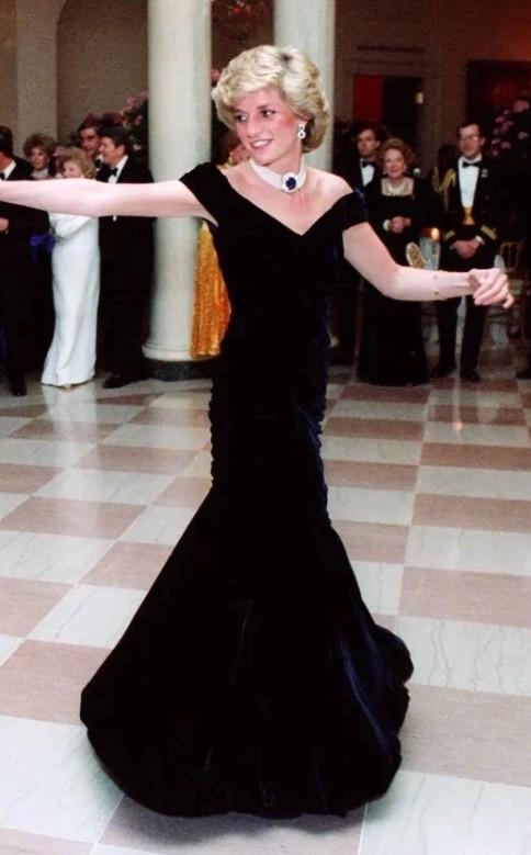 Princess Diana Pinterest